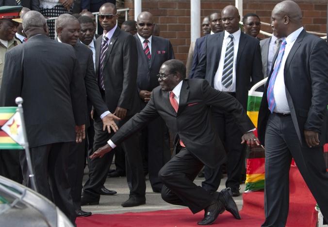 APTOPIX Zimbabwe Mugabe Fall